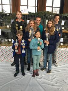 Erfolgreiche Junior-Züchter im Beisein von Matthias Schäfer