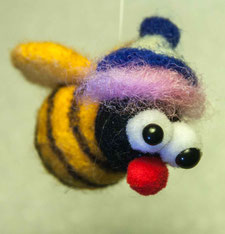 Glücksbiene aus Filz Sommerkafi Sool