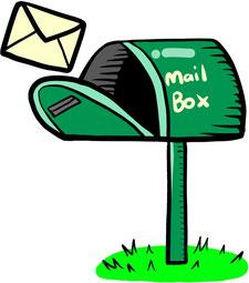 理事会の決議の省略に係る書類が入った封筒と郵便受け
