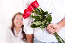 http://www.venusbuzz.com/wp-content/uploads/Man-Giving-Flowers-to-Woman.jpg