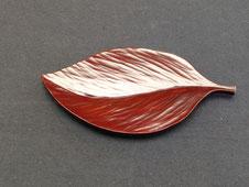 鎌倉漆工房いいざさ 用の器まめざら 葉っぱ