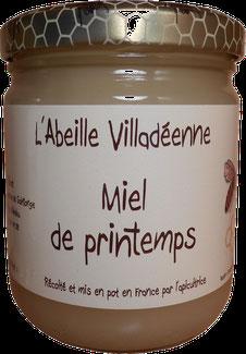 Miel de printemps en pot kilo plastique de l'Abeille villadéenne, apicultrice récoltante en Charente maritime