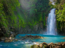 Río Celeste Waterfall and Tenorio Volcano National Park