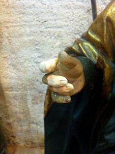 les doigts sculptés