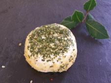 fromages de chèvre palet frais ail-ciboulette à la fromagerie du Purdeau