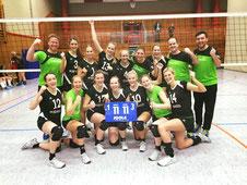 Damen-1 nach dem 3:1-Sieg beim TuSEM Essen am 11.11.