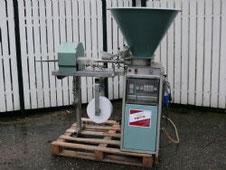 HETO Paperpotmaschine Type Standard gebraucht 1