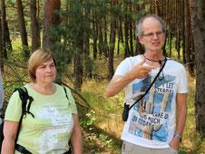 Exkursionsleitung durch Dr. Gabriele Kothe-Heinrich und Karsten Heinrich