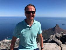 Andreas vom Blog Generation Finanzen an der Küste in Kapstadt in Südafrika