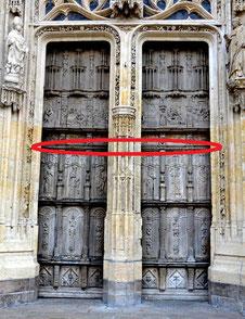 Porte centrale de la Collégiale Saint-Vulfran