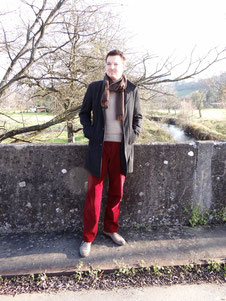 Rote Kordhose. Photo: Men's Individual Fashion.