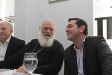 SYRIZA-Chef rechts mit Wählern