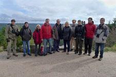 Die Gruppe am Euting-Grab oberhalb des Wilden Sees