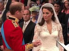 Robe de mariée en dentelle de Caudry