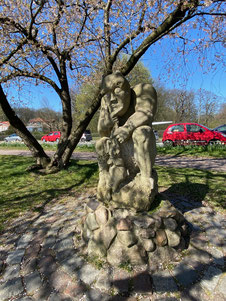 Bild: Statue am Teufelsbrück
