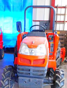 耕転や代搔きのために必要なトラクター