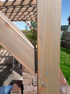 Versilberungslasur - Holzöl auf Douglasie Bauholz gehobelt. Zur Vorvergrauung der Hölzer.