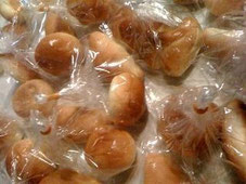 事務局長の手配によるおいしいパン