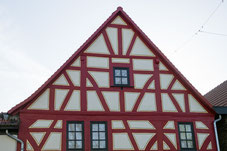 Fachwerkhaus sanieren, Maler in Bonn, Königswinter, Tapezieren, Malerbetrieb, Fassaden, Hennef, Bad Honnef, Siegburg, Bonn, Beuel, Bad Godesberg