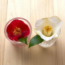 花にも紅白の配置を反映するとオシャレ