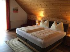 Jedes Doppelbettzimmer hat DU/WC/WLAN /Digial-Sat-TV/Kühlschrank/Balkon