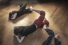 feldenkrais fisioterapeuta españa madrid pamplona navarra formación espalda clases ATM autoconciencia por el movimiento formador asistente assistant trainer