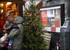Kirchenschaukasten Weihnachten Saison