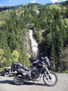 Entlang der Strecke gibt es etliche Wasserfälle