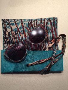 bracelet en cuir de carpe des Dombes Sylvie Berry Couture, création sur mesure