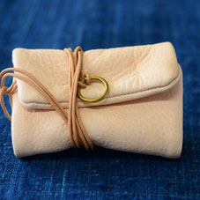 鹿革の道中財布