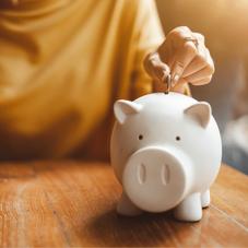 Geld und Spiritualität, Sparschwein, Geld einsparen,