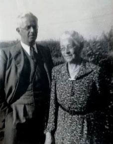 Wilhelm mit Mutter Frieda
