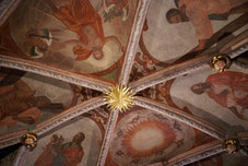 教会内の天井画