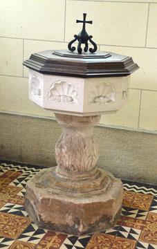Fonts baptismaux de l'église de Hailles
