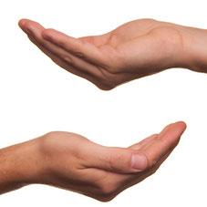 gebende/nehmende Hände. Quelle pixabay
