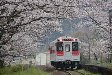 浦ノ崎駅(撮影 高田文彦氏)
