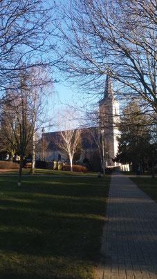 Blick auf die Raerener Pfarrkirche
