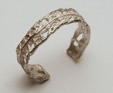 Silberarmreif strukturiert