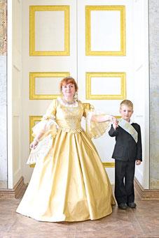 В образе императрицы Елизаветы П етровны