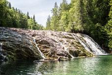 Photo été chute rivière aux émeraudes Gaspésie Québec Canada par Marie Deschene photographe Pakolla