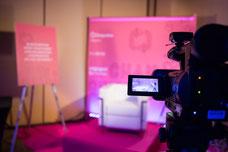 Un espace pour filmer les entrevues sur l'opinion des adhérents de l'Association des Directrices et des Directeurs Généraux de Caisses Desjardins ADGC durant leur congrès annuel photo de Marie Deschene pour Pakolla