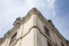 Details of an angle of an old French building with old stone photo taken by Marie Deschene photographer for Pakolla