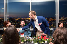 Pascal Prévost from the Phi Center greeting an influencer during the evening organized by Tourisme Montréal to promote the city as a must-see tourist destination photo taken by Marie De schene photographer for Pakolla