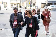 Visite guidée dans les rues de Montréal pour des influenceurs invités par Tourisme Montréal pour promouvoir la ville comme destination touristique incontournable photo prise par Marie Deschene photographe pour Pakolla