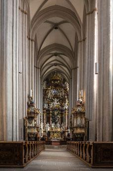 Innenraum der Stiftskirche Zwettl