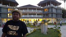 """La """"casa vacanze"""" di Mike Sonko a Mombasa"""