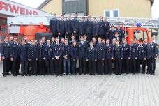 Die Teilnehmer am Lehrgang in Cham und Furth im Wald mit den Kommandanten und Lkr.-Führungskräften