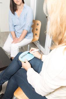 Blockaden lösen, Zufriedenheit erreichen: Hypnose hilft!