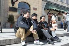 JCDAのメンバー(左から、松下耕、沼丸晴彦、伊東恵司)ワルシャワにて