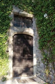 L'entrée de la Bastide